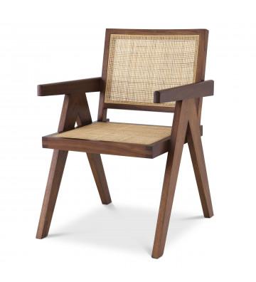 Sedia modello Aristide by Eichholtz, in legno e rattan. Sedia da pranzo in legno con braccioli. Sedia di design.