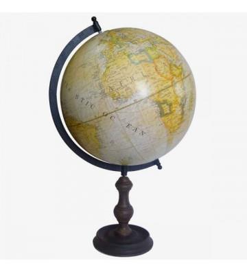 Mappamondo col.crema lavorato vintage. Dimensioni: Base: 15cm diam. Altezza: 51cm